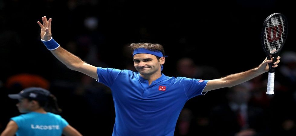 Roger Federer Loses In Atp Finals In Match Marred By Bizarre Ball Boy Incident News Nation English