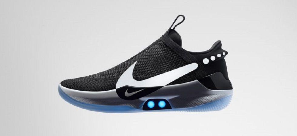Nike's new self-lacing basketball shoes