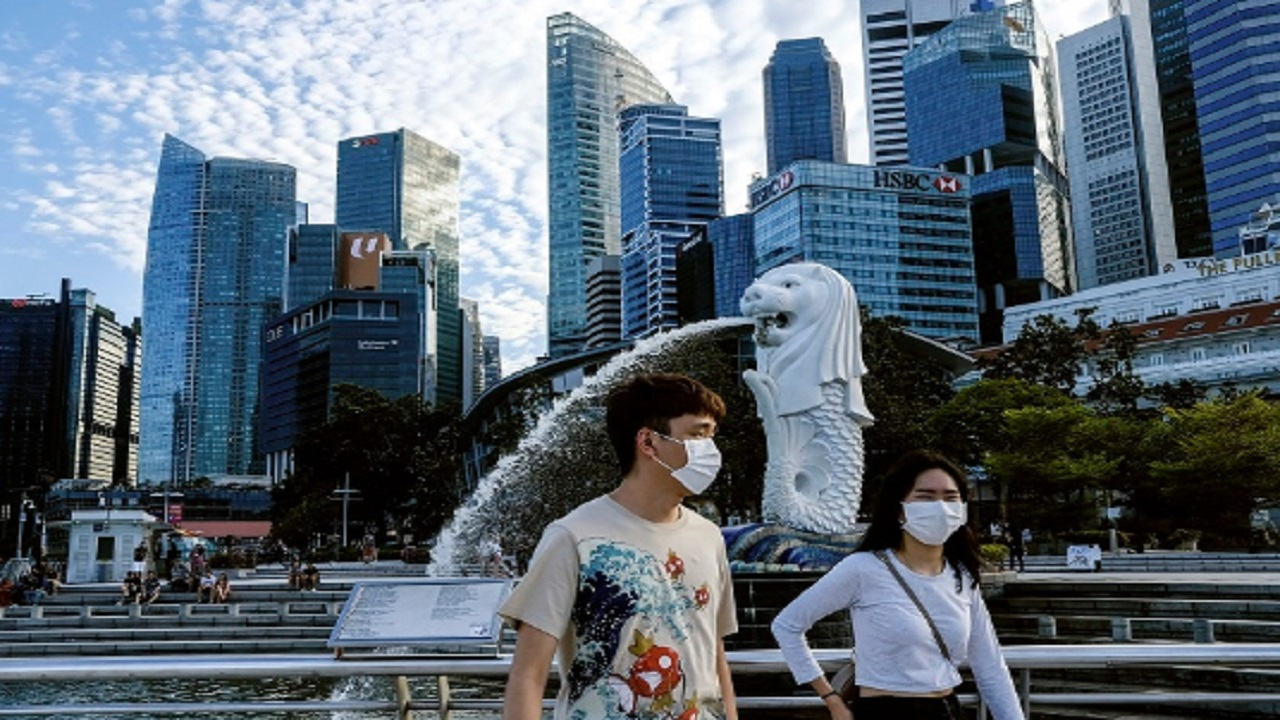 Singapore reports 548 new COVID-19 cases
